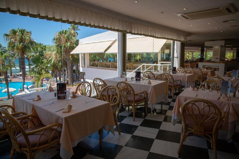 Marbella Playa - 24 Popup navigation