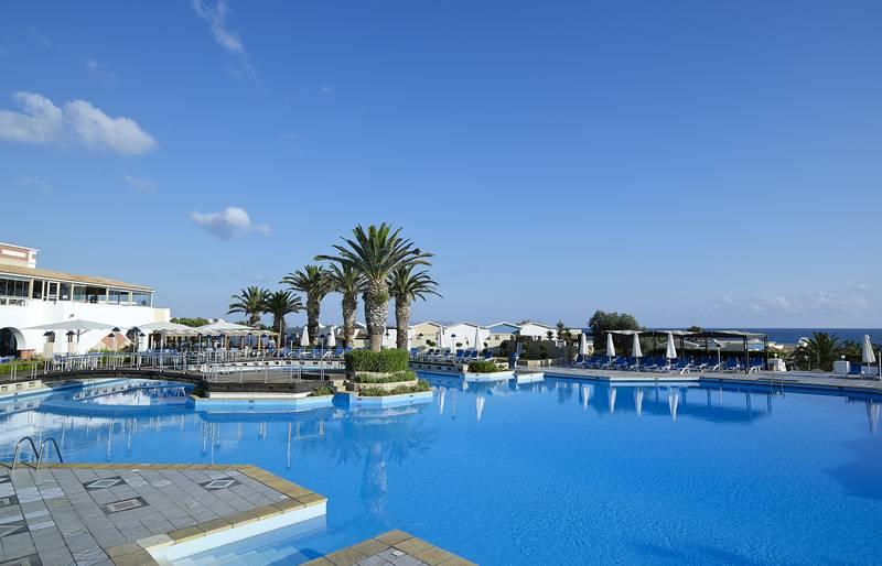 Knossos Royal Village 5* - bazén