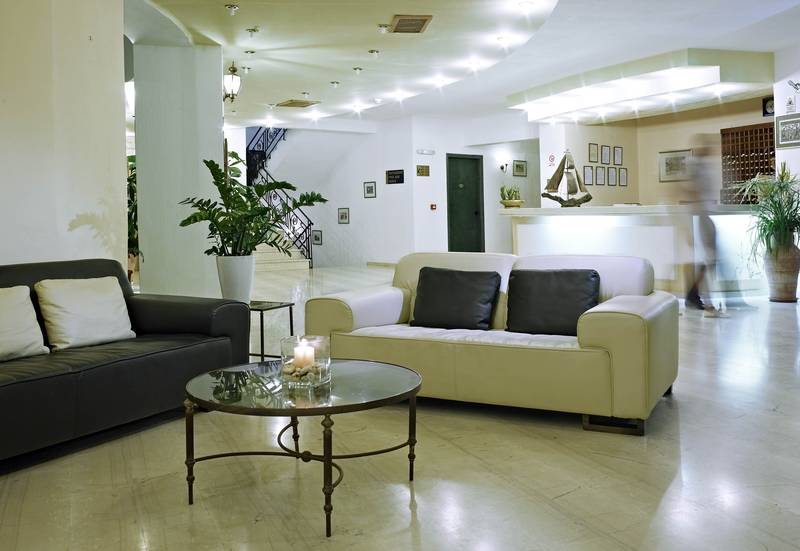 Malia Bay Beach Hotel & Bungalows 4* - recepcia
