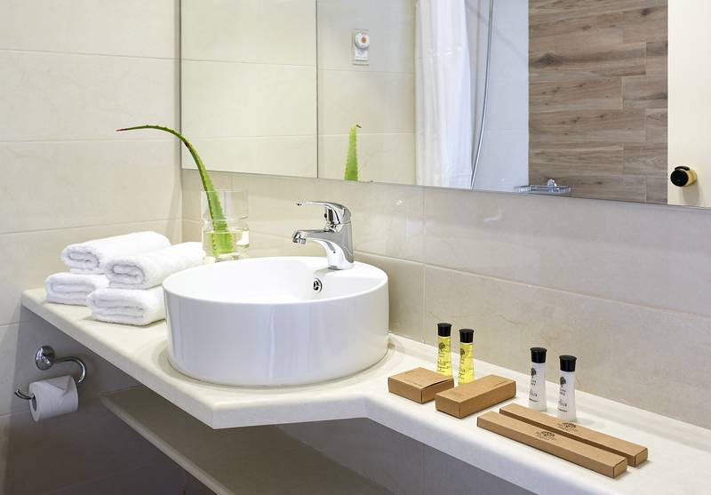 Malia Bay Beach Hotel & Bungalows 4* - kúpeľňa