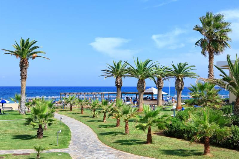 Sirens Beach Hotel & Village 4* - záhrada
