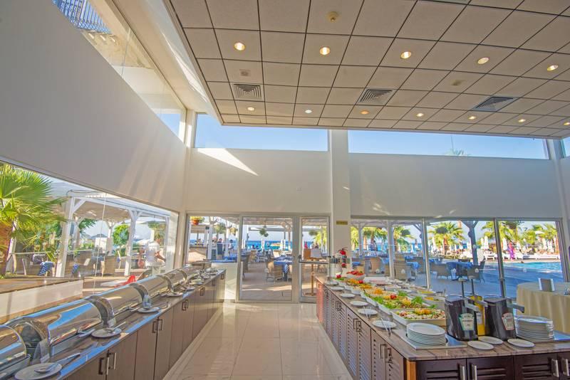 Silver Sands Beach Hotel 3*+ - reštaurácia