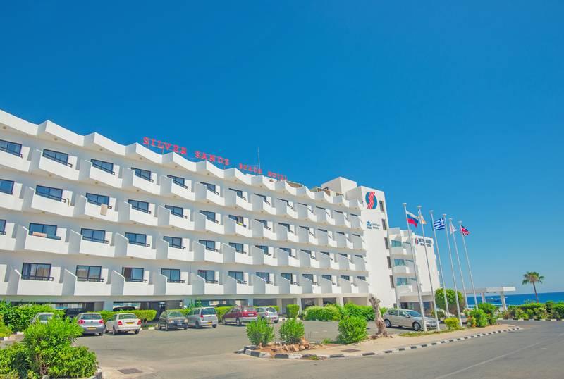 Silver Sands Beach Hotel 3*+