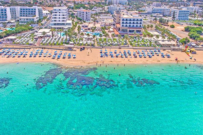 Vrissiana Beach Hotel 4* - pláž