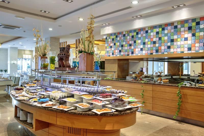 Kumköy Beach Resort & SPA 5˙ - reštaurácia