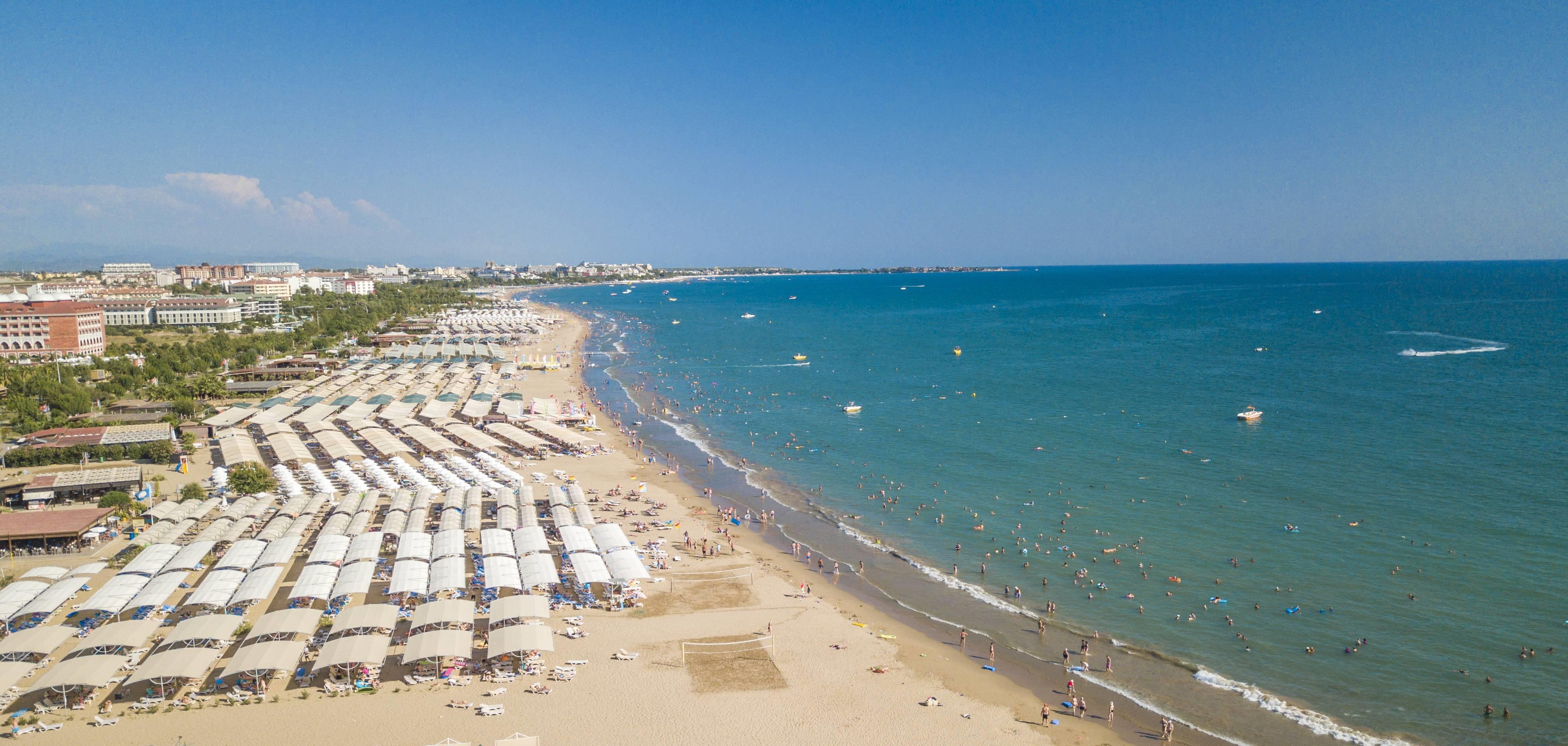 Evren Beach Resort Hotel & SPA 5˙ - pláž