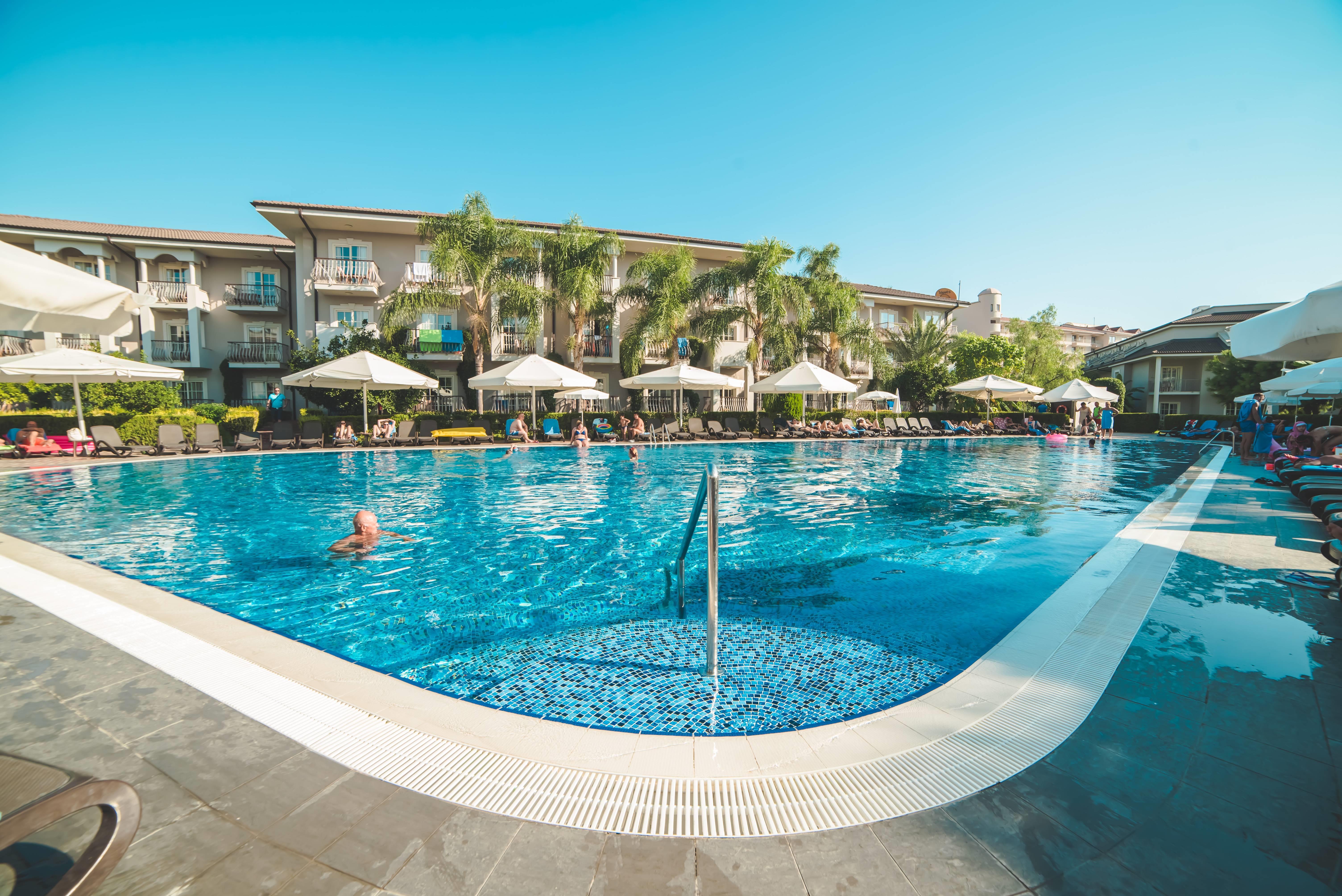 Elita Beach Resort Hotel & SPA 5˙ - bazén