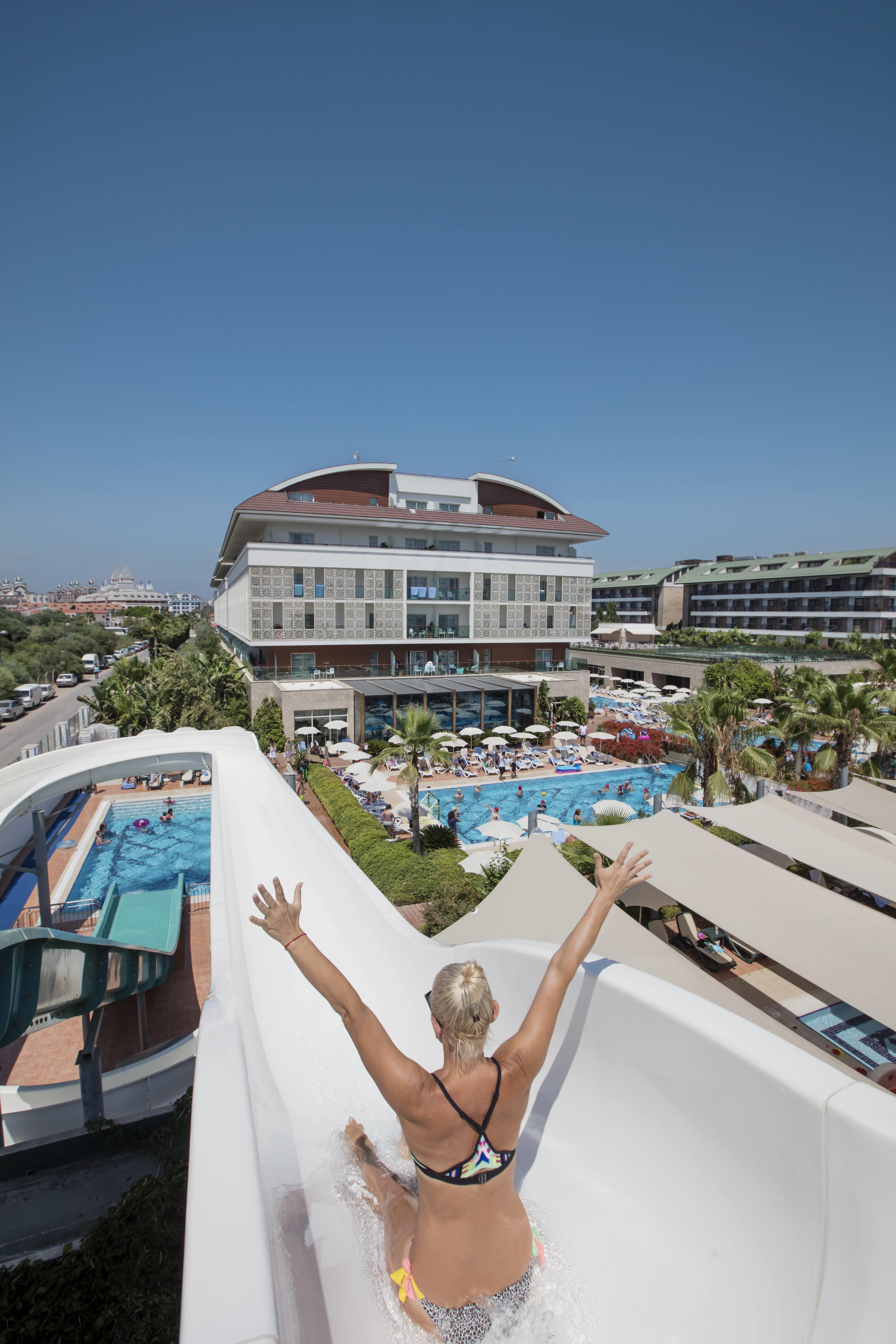 Trendy Verbena Beach 5* - bazén so šmýkačkami