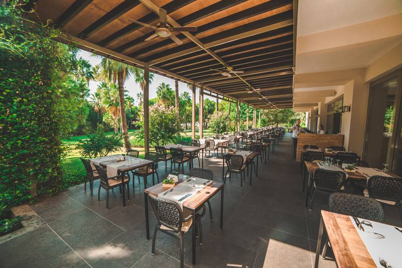 Barut Hemera 5* - reštaurácia