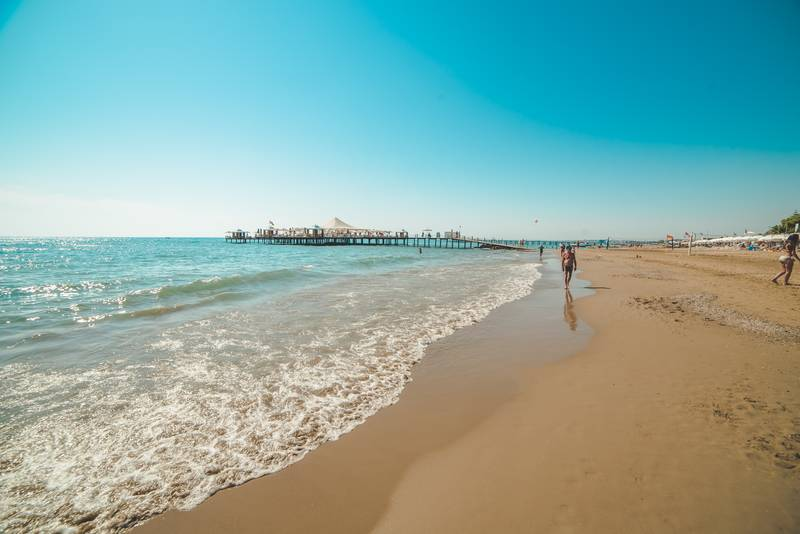 Barut Arum 5* - pláž