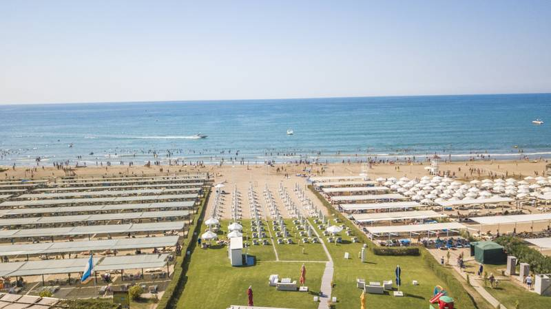 Adalya Resort & SPA 5* - pláž