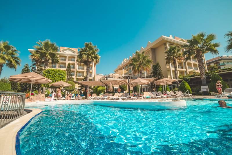 Adalya Resort & SPA 5* - bazén