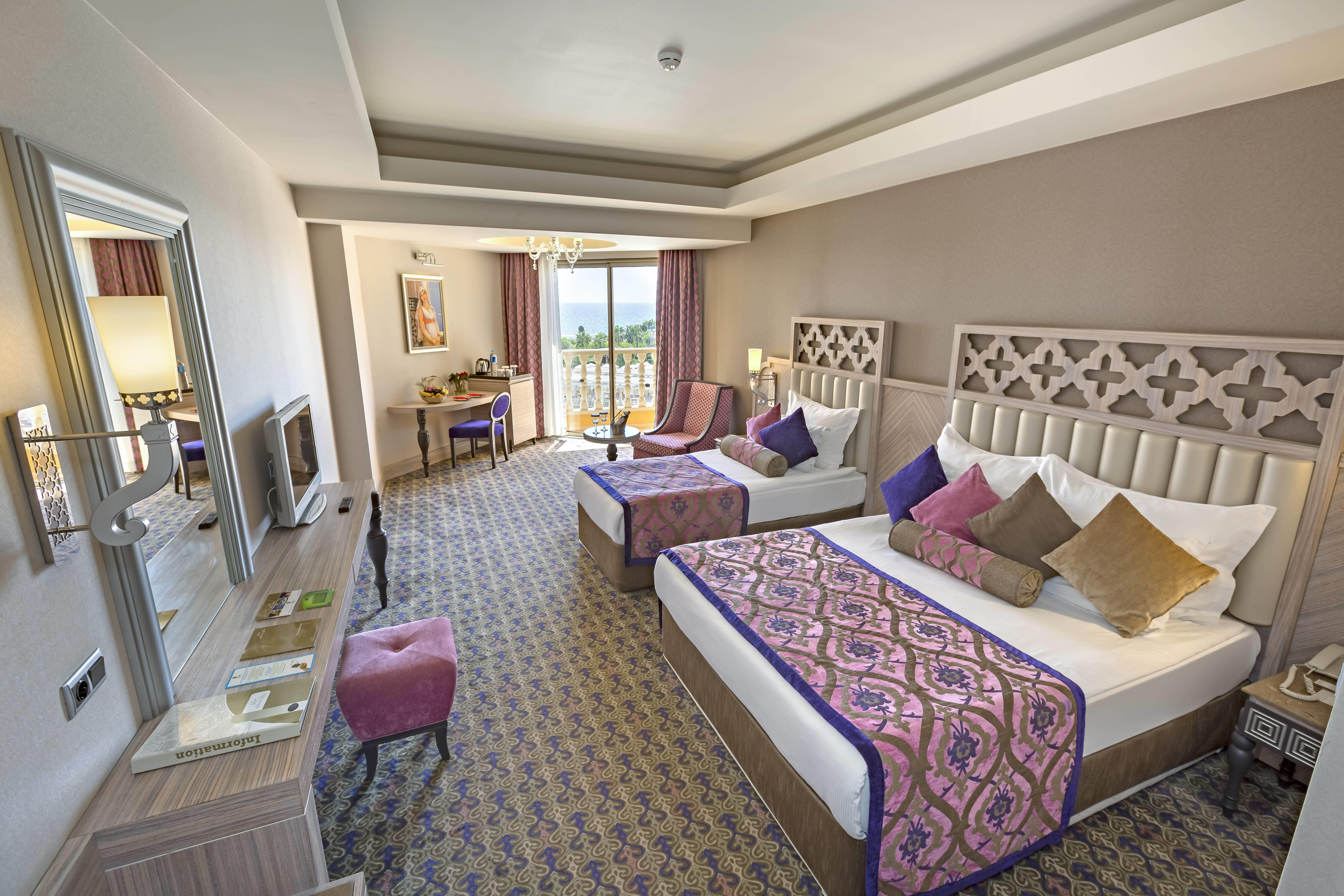 Royal Alhambra Palace 5* - izba