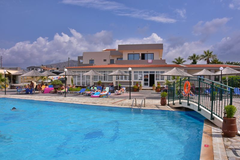 Kalia Beach Hotel 3* - pláž