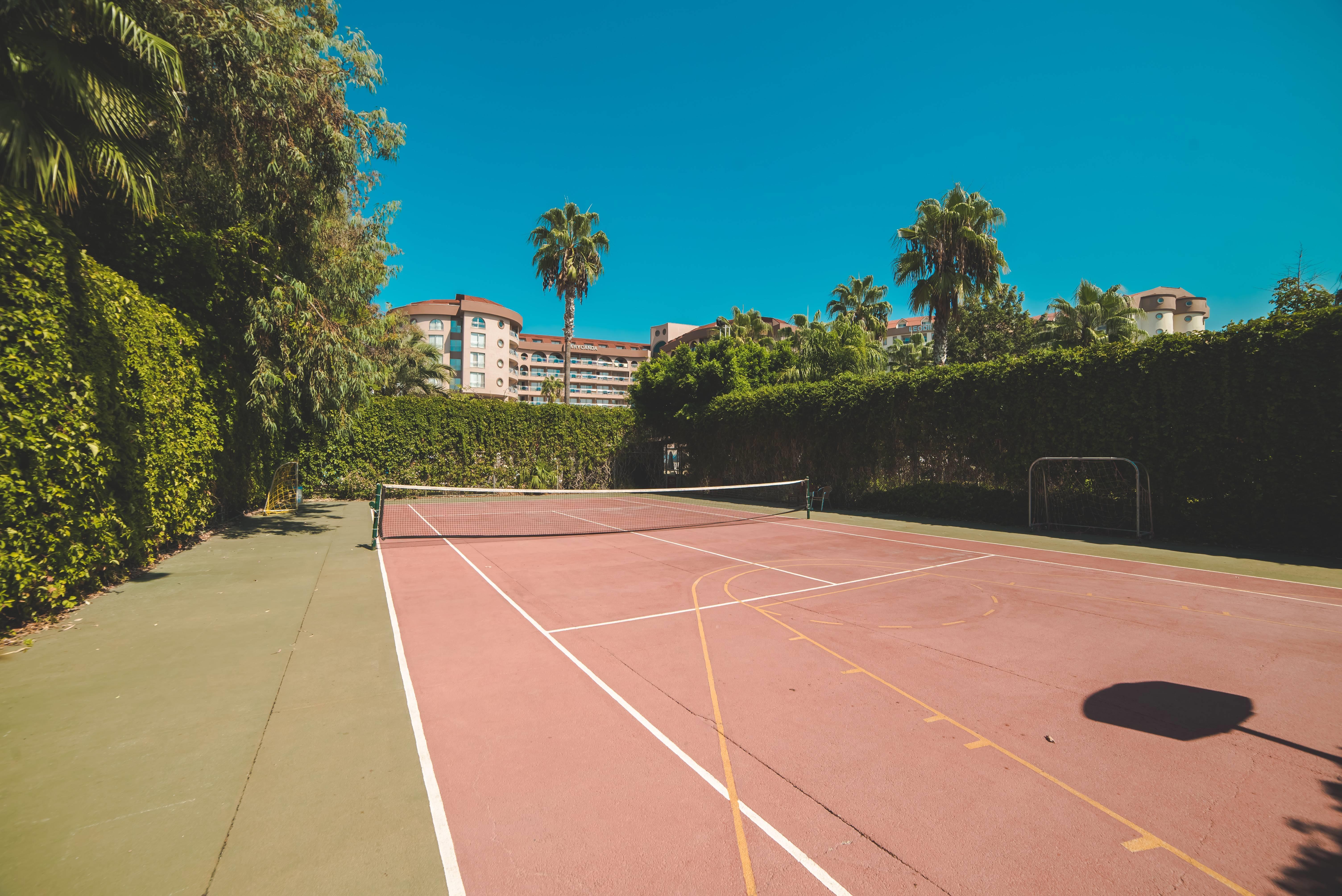 Arycanda De Luxe 5˙ - tenisový kurt