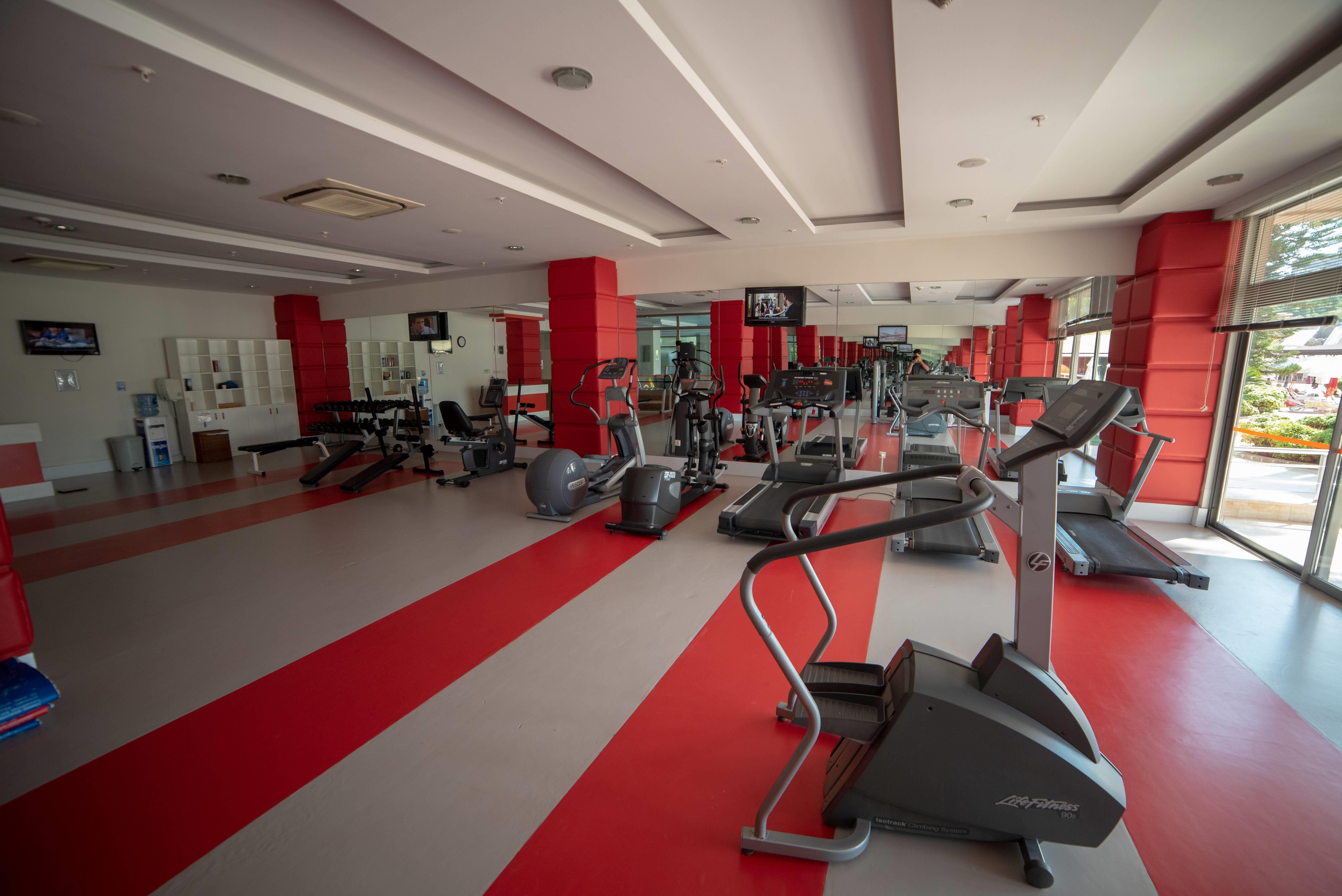 Arycanda De Luxe 5˙ - fitnescentrum