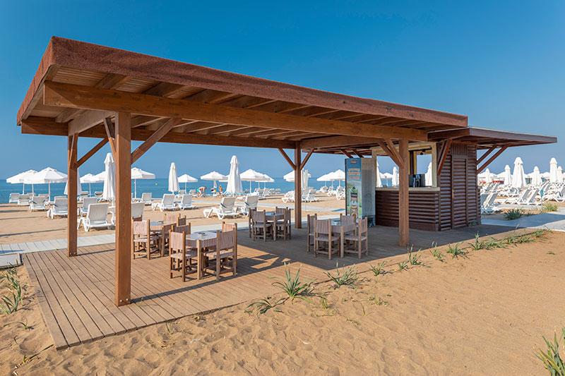 Barut Sorgun Sensatori 5* - bar na pláži