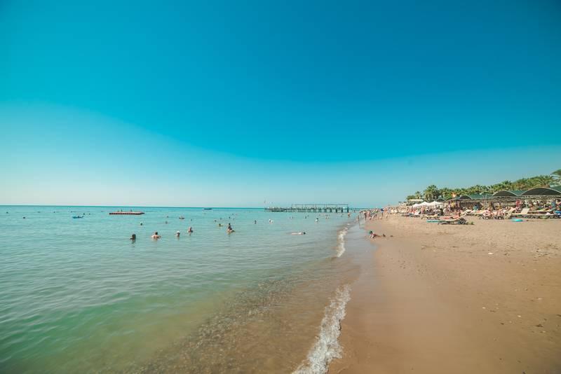 Pine Beach Belek 5* - pláž