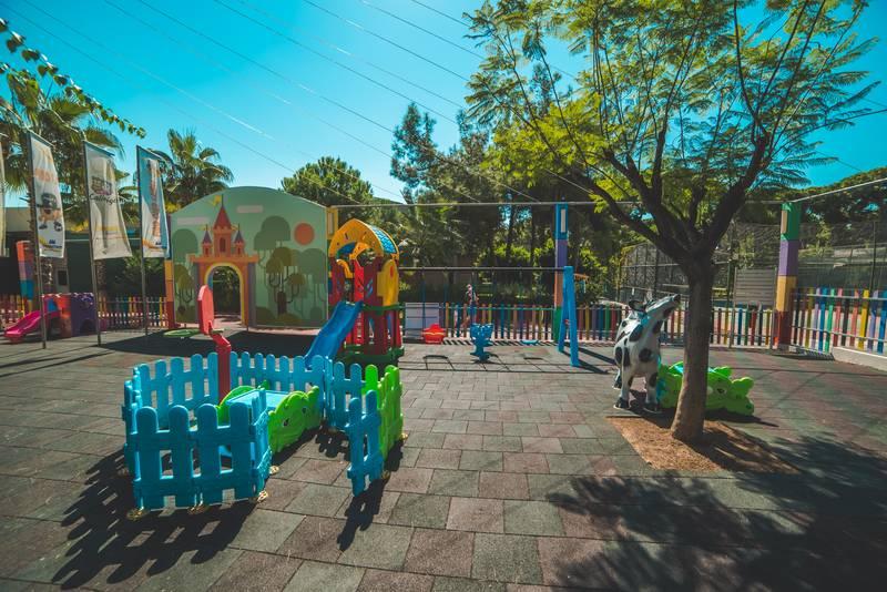 Pine Beach Belek 5* - detské ihrisko