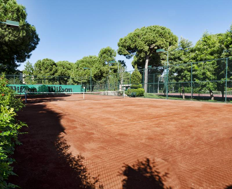 Gloria Serenity Resort 5˙ - tenisový kurt