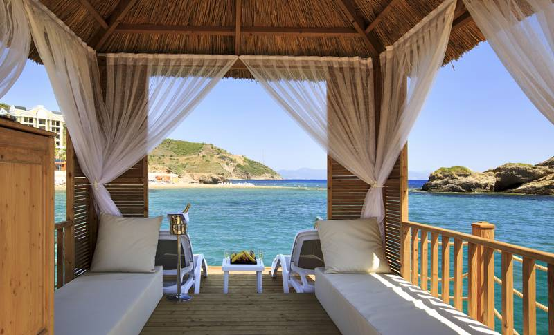 Efes Royal Palace Resort & SPA 5˙ - pláž