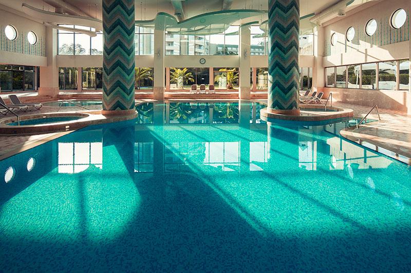 Titanic Beach Resort Hotel 5* - vnútorný bazén