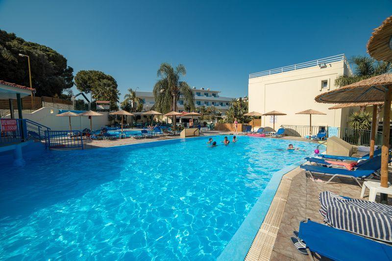 Romanza Mare II. 3* - bazén