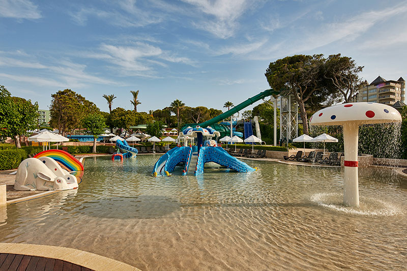 Gloria Verde Resort 5* - detský bazén