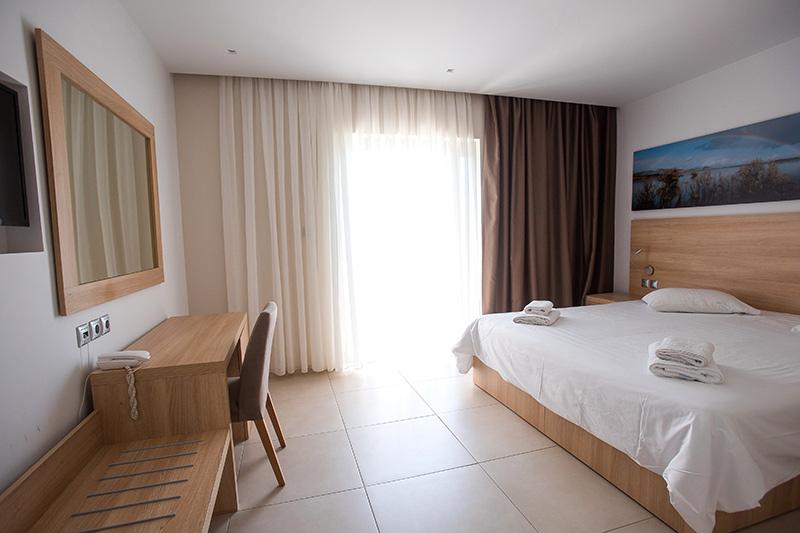 Kalogria Beach Hotel 4* - izba