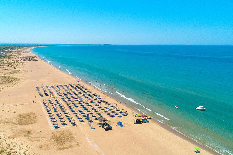 Kalogria Beach Hotel 4* - pláž