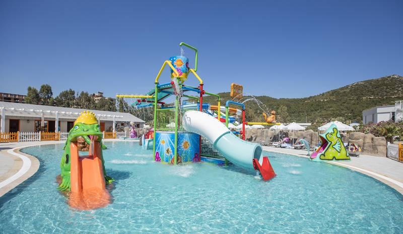 Palm Wings Ephesus Beach Resort 5˙ - detský bazén