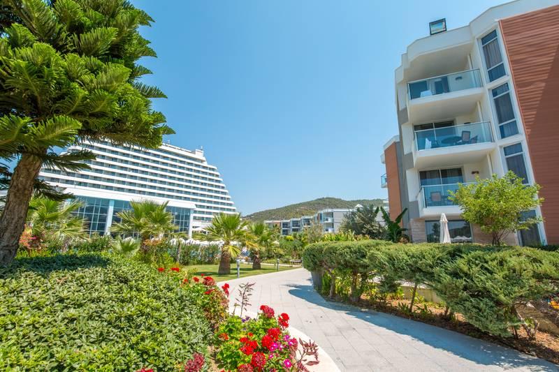 Palm Wings Ephesus Beach Resort 5˙ - záhrada