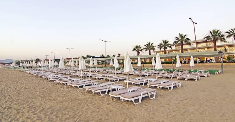 Palm Wings Beach Resort & SPA 5˙ - pláž