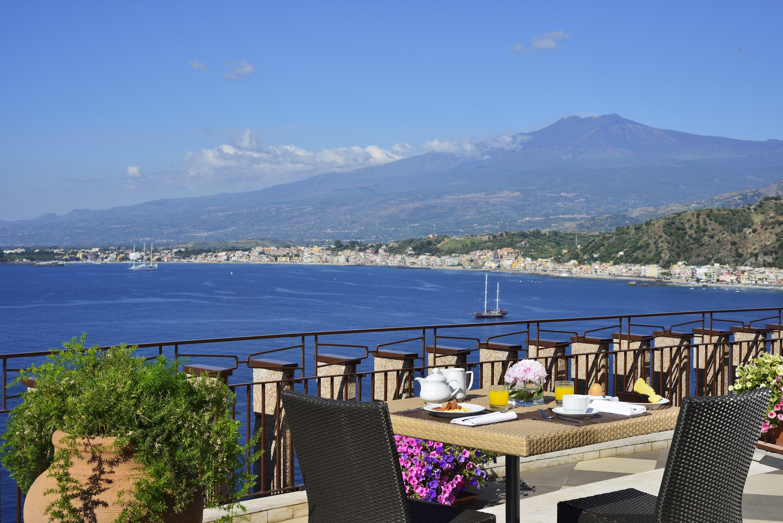 Unahotels Hotel Capotaormina 4*