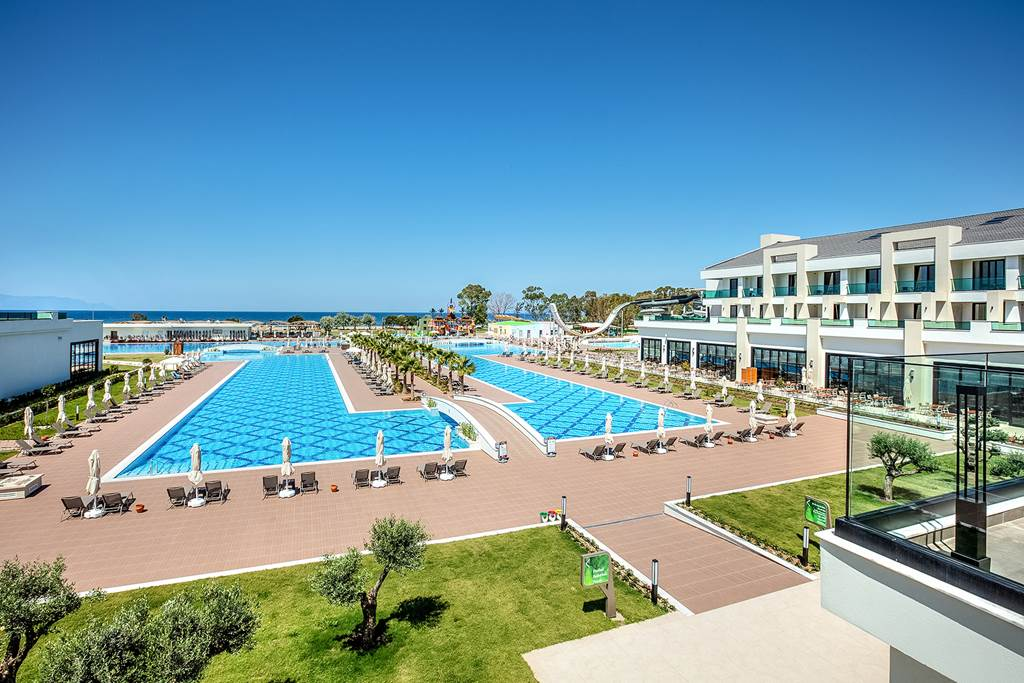 Korumar Ephesus Beach Resort & SPA 5˙ - bazén