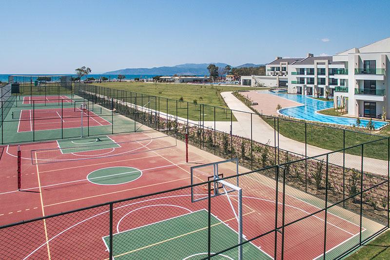 Korumar Ephesus Beach Resort & SPA 5* - tenisové kurty