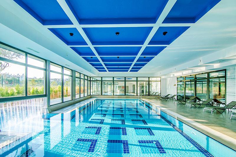 Seven Seas Sealight Elite 5* - vnútorný bazén