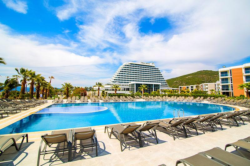 Palm Wings Ephesus Beach Resort 5* - bazén