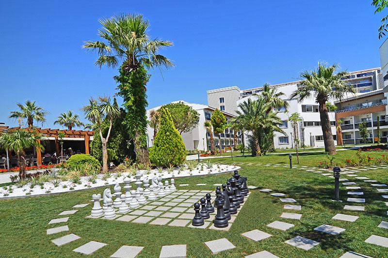 Palm Wings Beach Resort & SPA 5* - záhrada