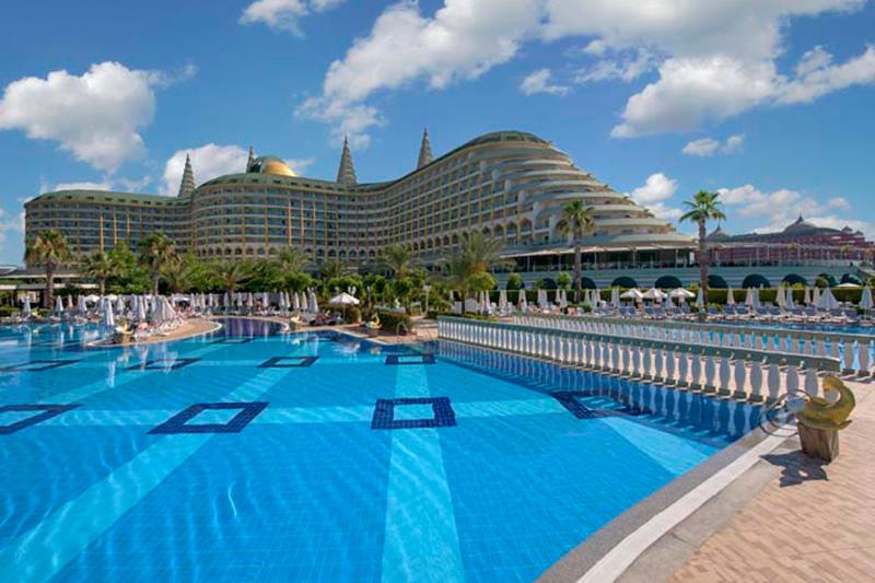 Delphin Imperial Lara 5* - bazén