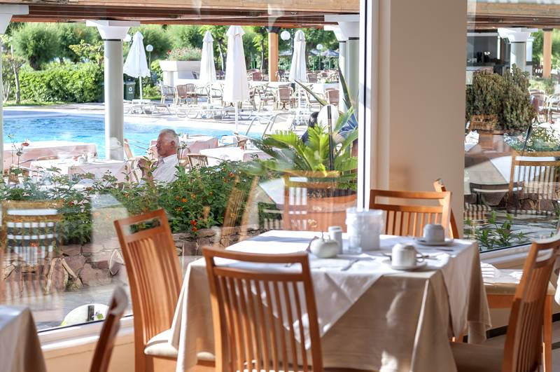 Apollo Beach Hotel 5* - reštaurácia