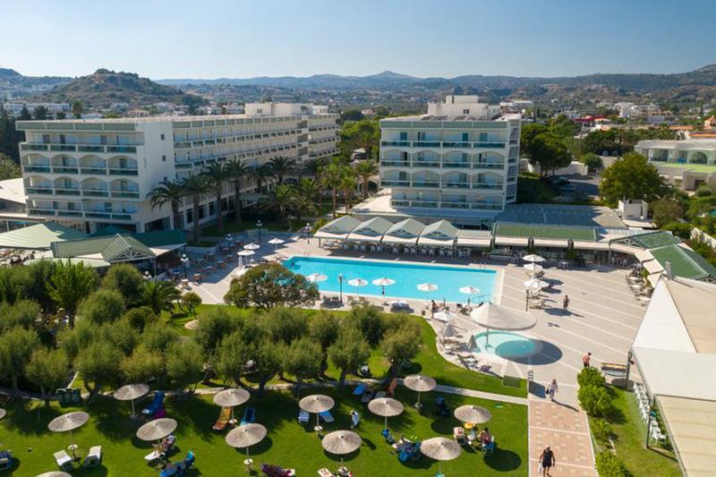 Apollo Beach Hotel 5* - areál