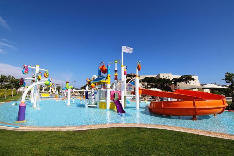 Regnum Carya Golf & SPA Resort 5* - detský bazén