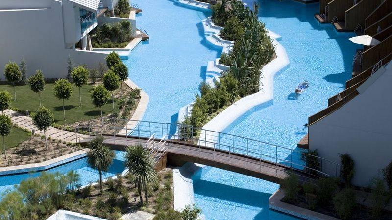 Cornelia Diamond Golf Resort & SPA 5* - bazén