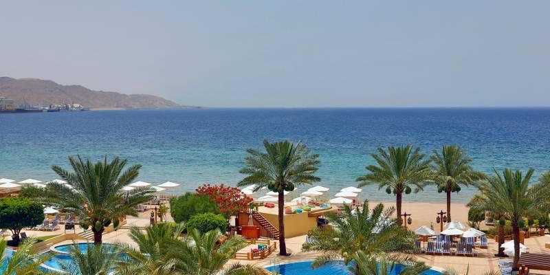 Intercontinental Aqaba 5* - pláž