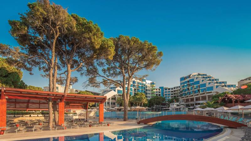Cornelia De Luxe Resort 5* - bazén
