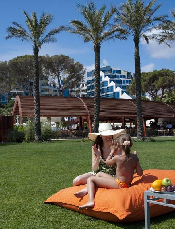 Cornelia De Luxe Resort 5* - areál