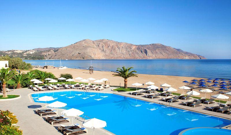 Pilot Beach Resort 5* - bazén