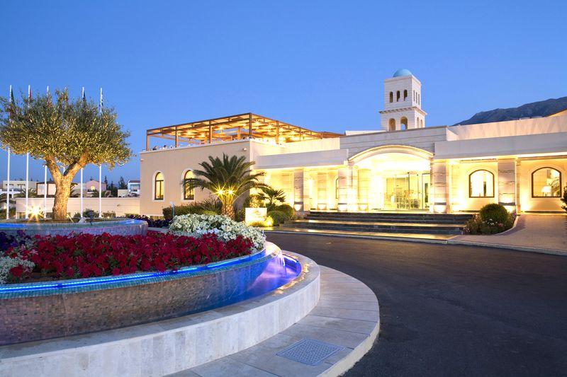 Pilot Beach Resort 5* - vstup do hotela