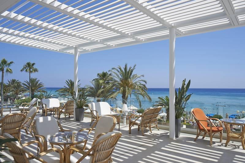Sunrise Beach Hotel 5* - kaviareň